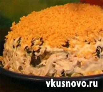 Рецепт слоеного салата с курицей
